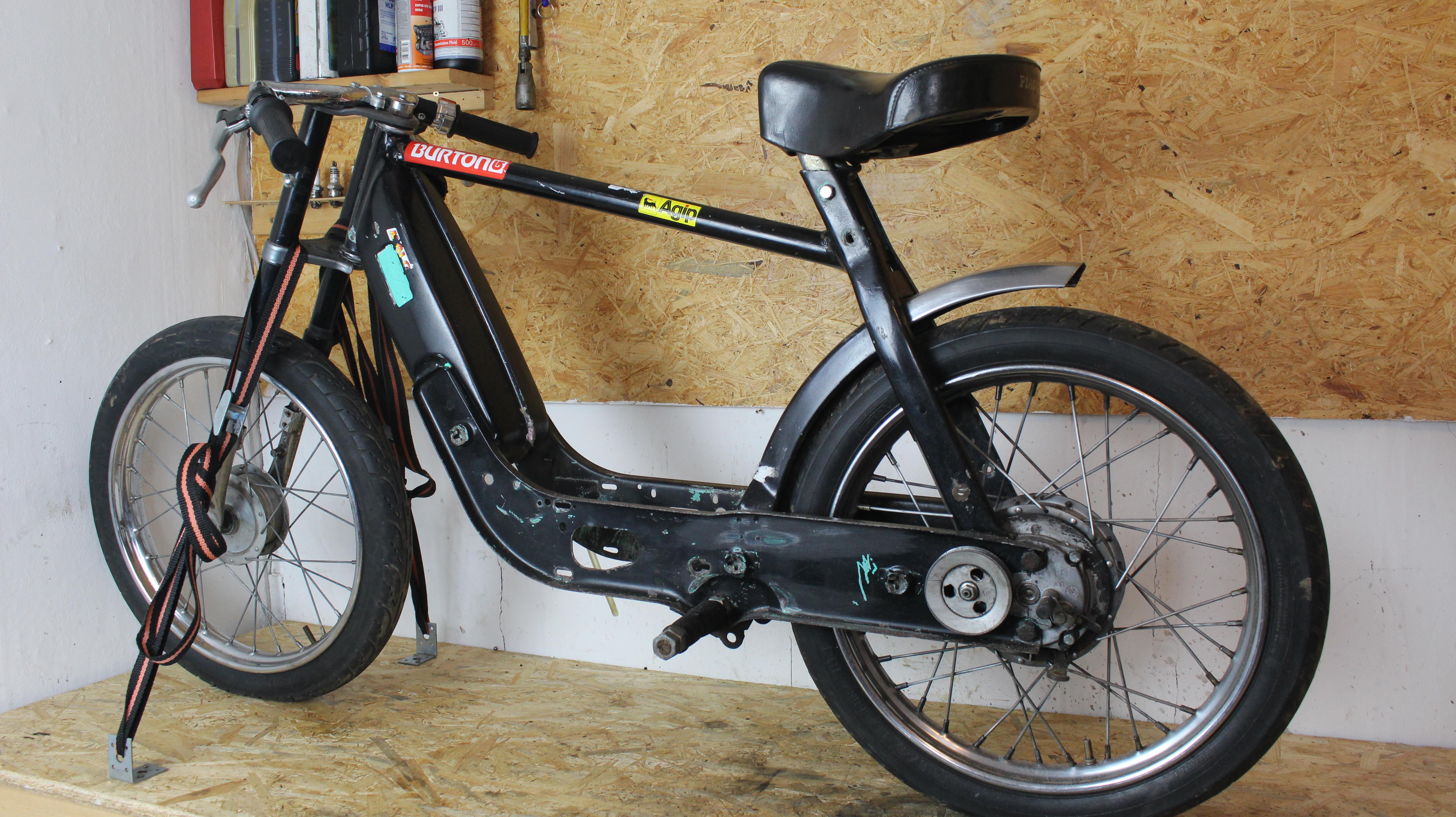 moped factory der mofa und moped blog. Black Bedroom Furniture Sets. Home Design Ideas
